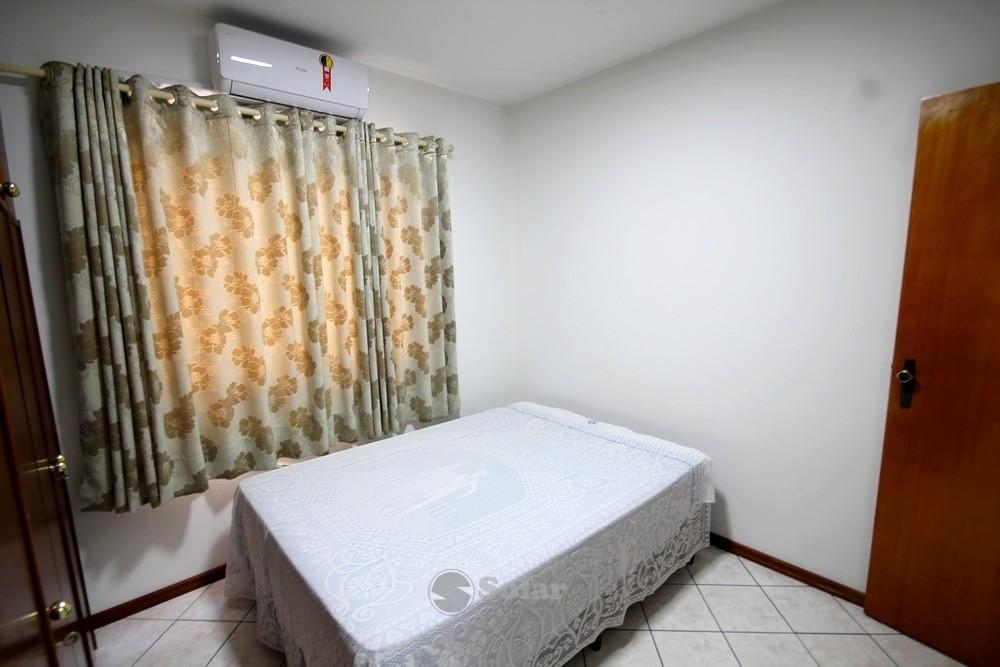 12 Dormitório Casal.JPG