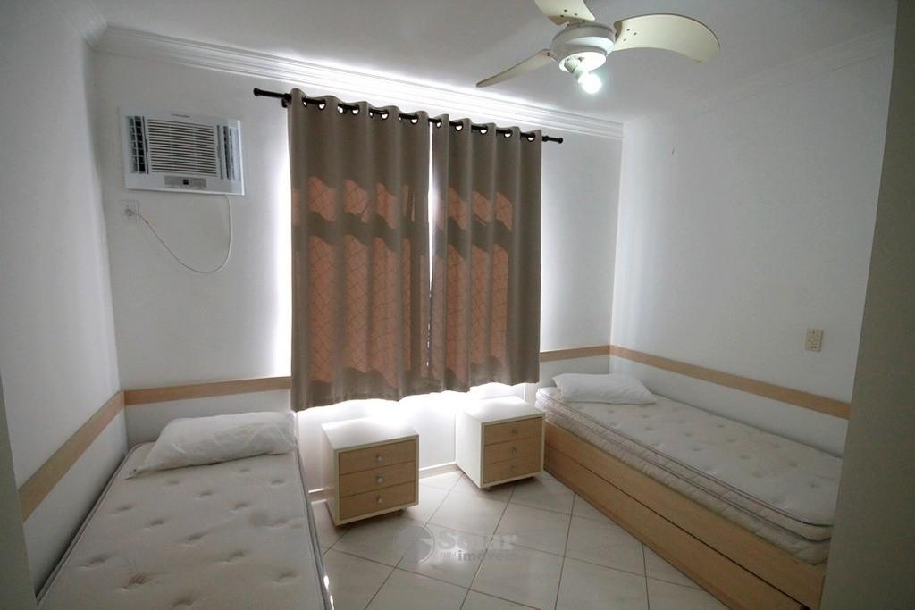 13 Dormitório Solteiro