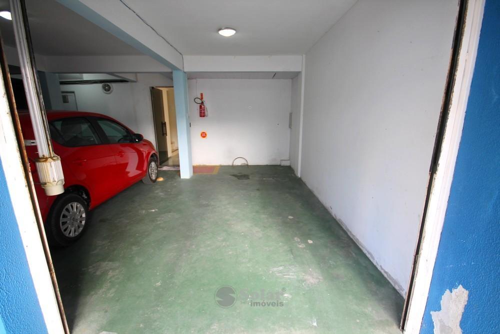 16 Garagem para Carrro