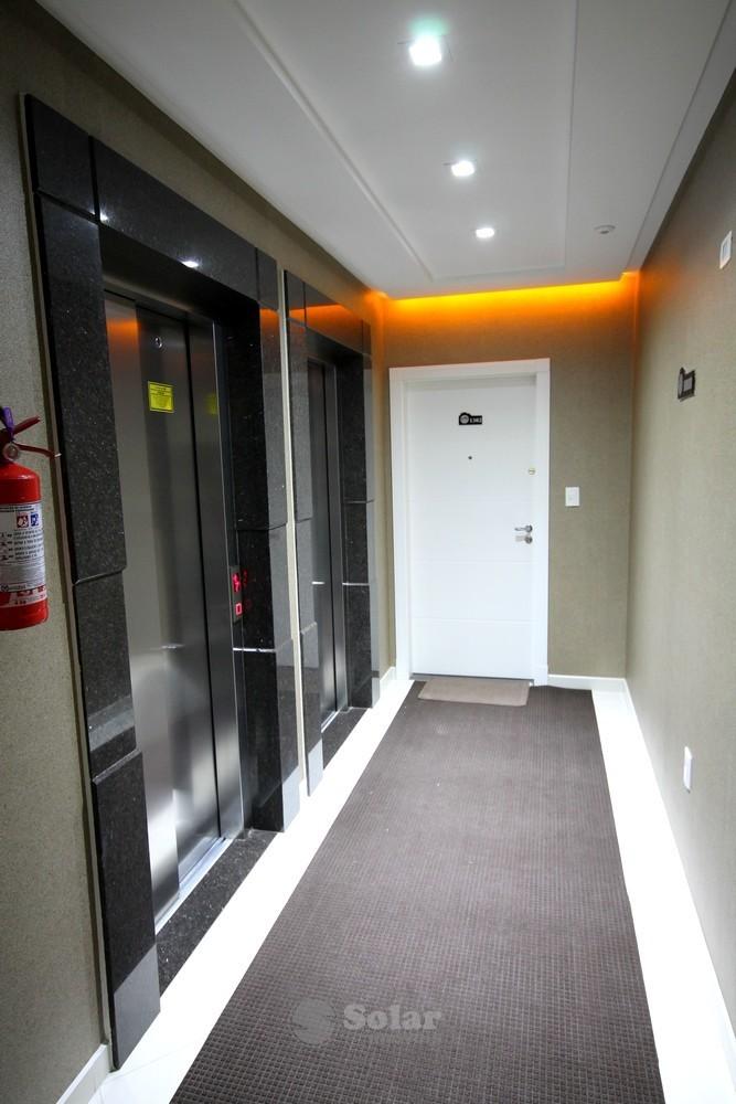04 Hall Apartamento