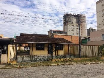 LOCAÇÃO ANUAL CASA 3 QUARTOS ITAPEMA SC