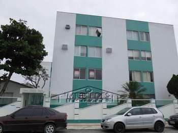 Apto 2 dormitórios e 1 vaga em São João Itajaí