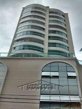 Lindo apartamentos no cora��o de Itaja�