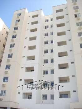 Apartamento a venda em Cambori�
