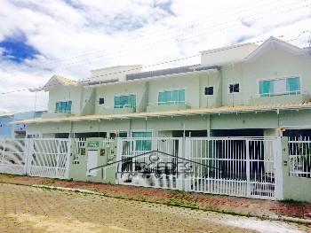 Sobrado com 2 suítes no Dom Bosco Itajaí