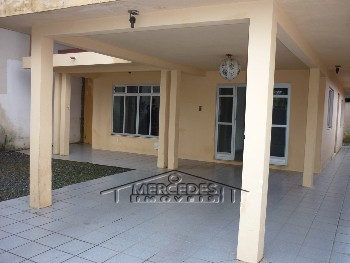 Casa com suite + um quarto Dom Bosco Itajaí