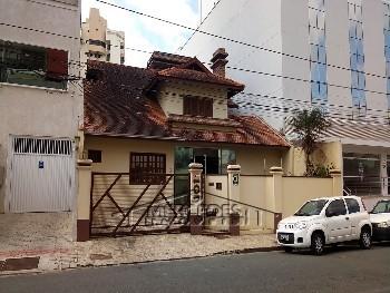 Casa com 8 quartos no Centro Itajaí