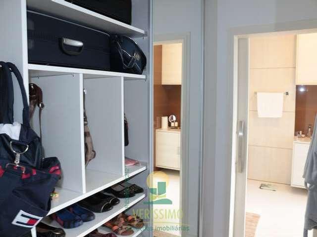 Suite master closet 2