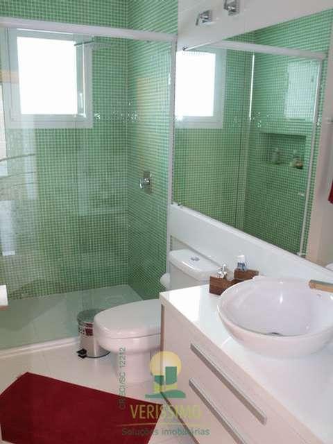 Suite leste banho 1