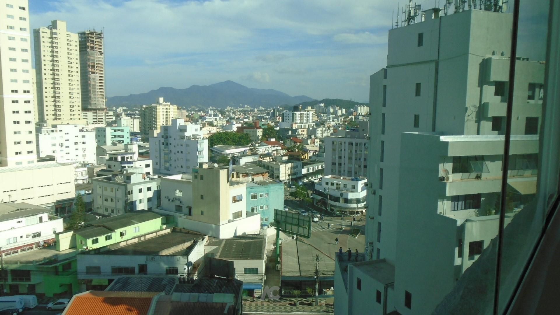 Vista para avenida central