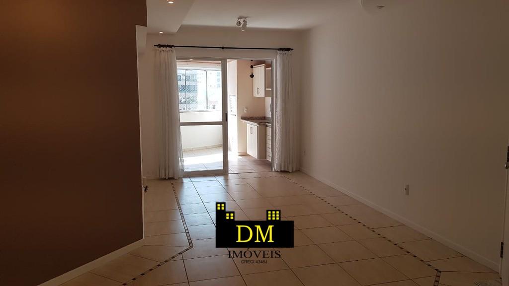 Apartamento 3 quartos sendo 1 suíte, centro