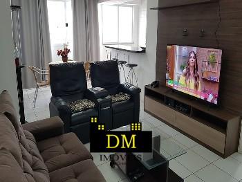 Amplo apartamento bem localizado Bal. Camboriú