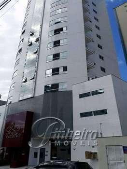 Apartamento com 2 suítes em B. Camboriú!