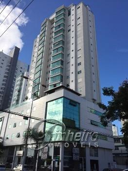Apartamento com 2 suítes + 2 demi em Bal. Camboriú