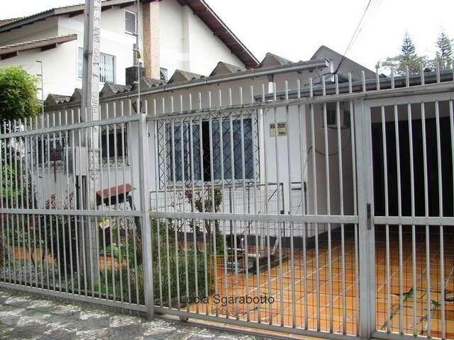 Casa para 25 pessoas - Temporada Bal. Camboriú