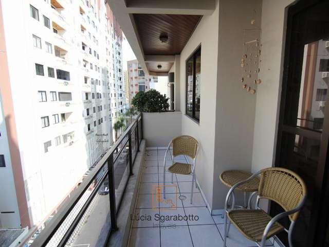 03 dormitórios no centro de Balneário Camboriú