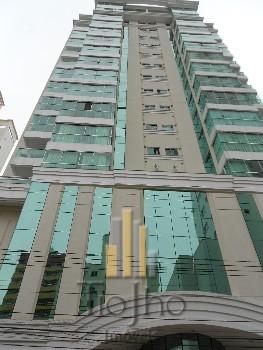 Venda cobertura 4 dormitórios em Bal. Camboriú