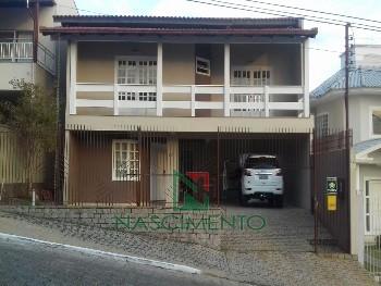 Casa a venda no bairro Fazenda!!