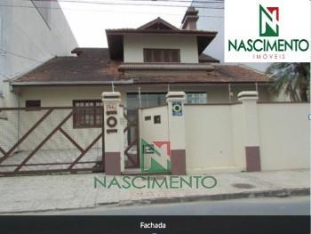 Casa Comercial no Centro de Itajaí