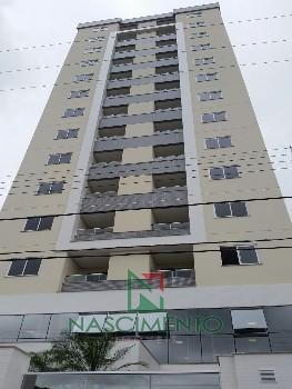 Apartamento Itajaí 2 quartos semi mobiliado
