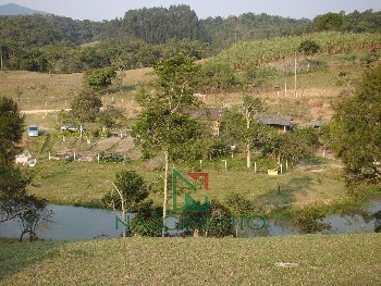 Barbada Sitio com 3.2 ha com 03 lagoas em Ilhota