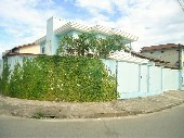Sobrado 4 dormitórios em Joinville-SC