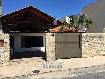 Casa 03 quartos no municípios Balneário Camboriú.