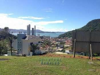 Terreno no bairro da Barra em Balneário Camboriú