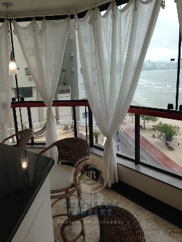 Apartamento 03 suítes frente mar!