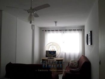 Apartamento de 02 dormitórios  na Quadra do Mar ..