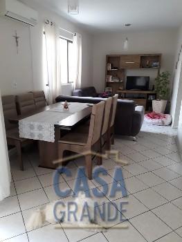 Ótimo apartamento no Centro de B. Camboriú