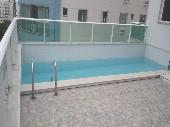 Ótimo apartamento com piscina privativa