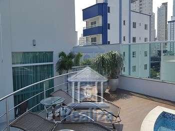 Apartamento 3 dormitórios 2 vagas, Centro