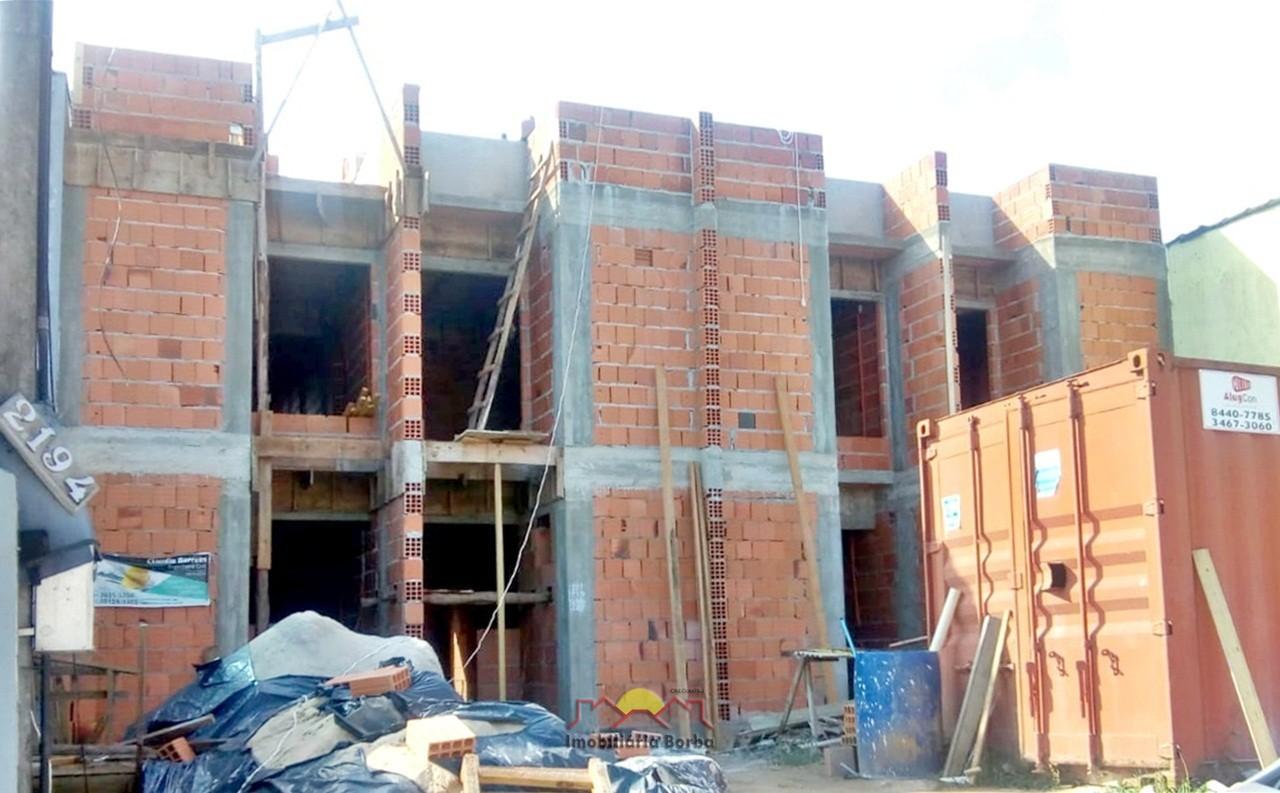 Casa à venda  no Jardim Iririú - Joinville, SC. Imóveis