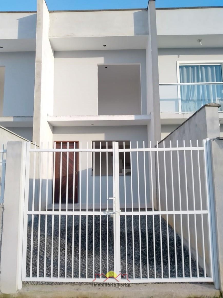 Casa à venda  no Adhemar Garcia - Joinville, SC. Imóveis