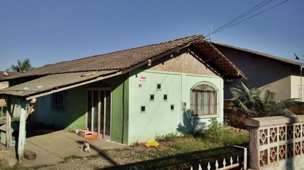 Casa à venda  no Petrópolis - Joinville, SC. Imóveis