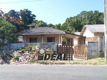 Duas casa no Jardim Jacarandá
