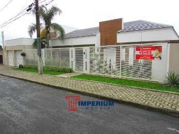 Casa semimobiliada no Centro de Guarapuava