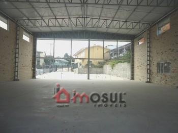 Pavilhão com 326m² no Maria Goretti