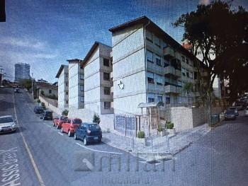 Apartamento com 03 dormitórios no São Francisco