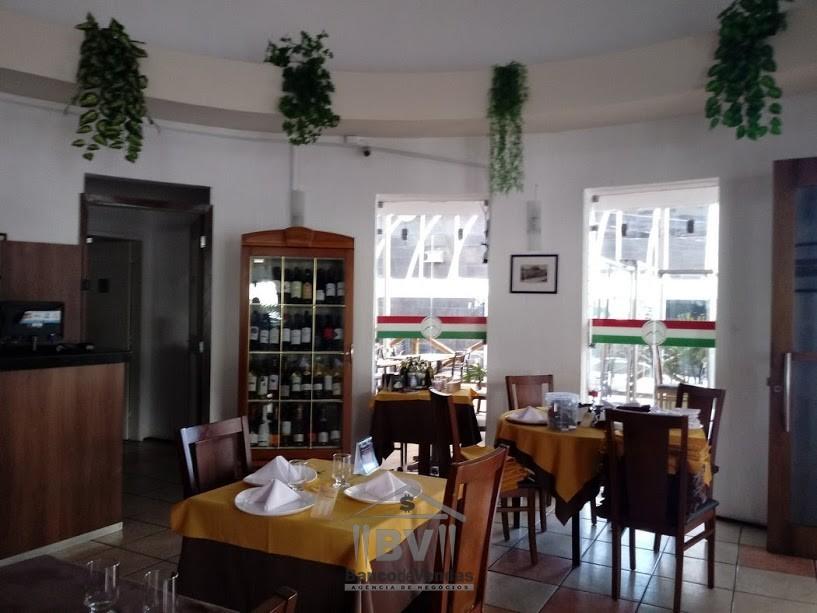 Famoso Restaurante Mediterrâneo e Italiano.