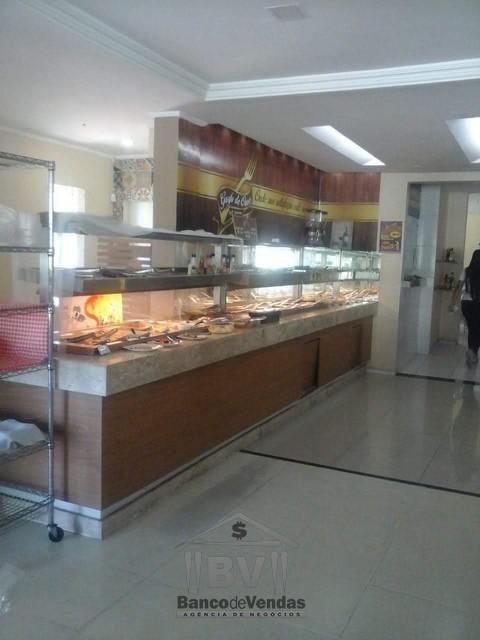 Restaurante SelfService com ótima estrutura!