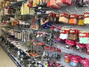 Loja de produtos confeitaria e sala de cursos.