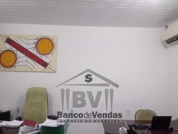 Alugo salas p/ escritório, na Aldeota. R$ 700 cada