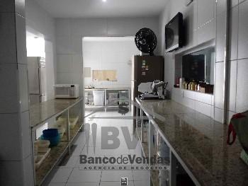 Cozinha montada, completa e com ótima estrutura!