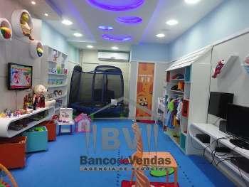 Clubinho/ parque infantil em shopping center
